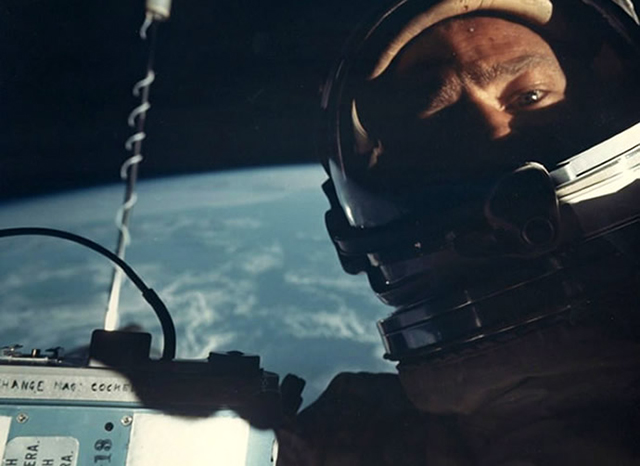 The first space 'selfie' starring Buzz Aldrin is sold at auction