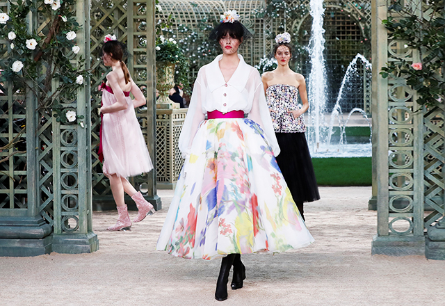 Paris Haute Couture Fashion Week: Chanel Spring/Summer '18