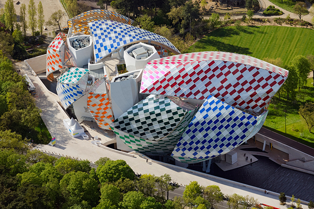 Fondation Louis Vuitton presents Daniel Buren's Observatory of Light