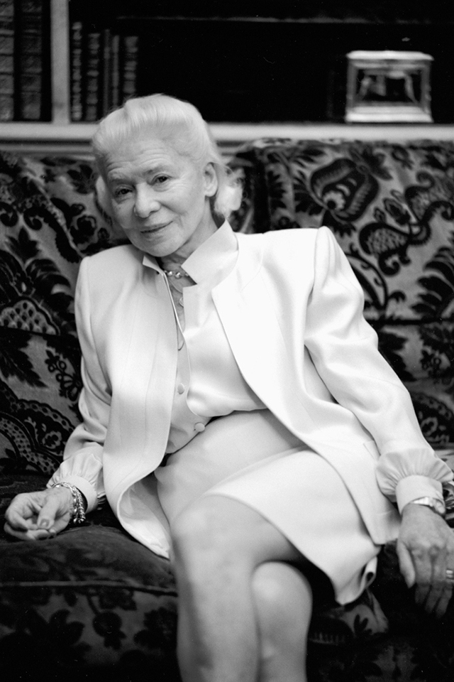 Famed French couturier Madam Carven dies aged 105