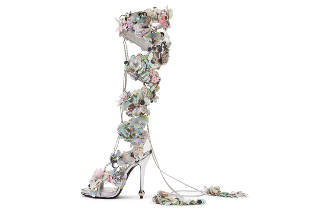 Roger Vivier presents its new Rendez-Vous Spring/Summer 16 collection