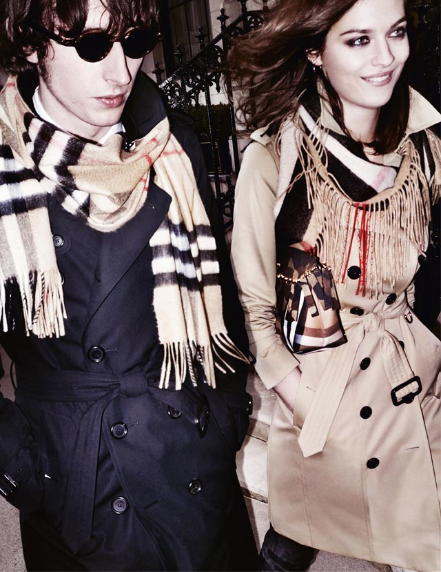 Buro 24/7 Middle East exclusive: Get cosy at the Burberry Scarf Bar, launching today