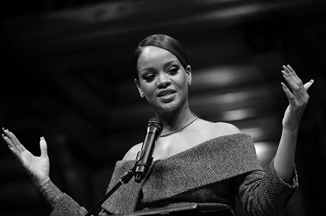 Rihanna receives Harvard University Humanitarian of the Year Award