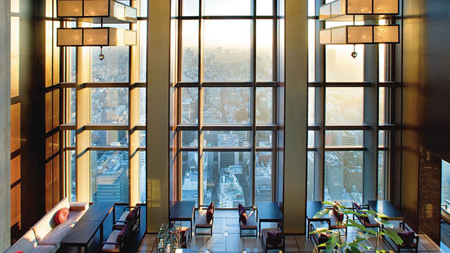 The Mandarin Oriental Tokyo offers tour of Mount Fiji in Hermès-designed helicopter