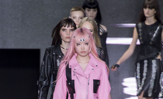Paris Fashion Week: Louis Vuitton Spring/Summer 16
