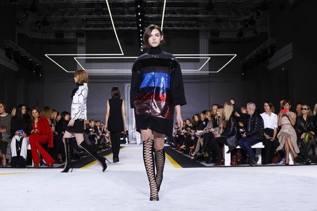 Paris Fashion Week: Giambattista Valli Autumn/Winter 15