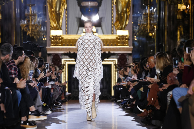 Paris Fashion Week: Stella McCartney Autumn/Winter 15