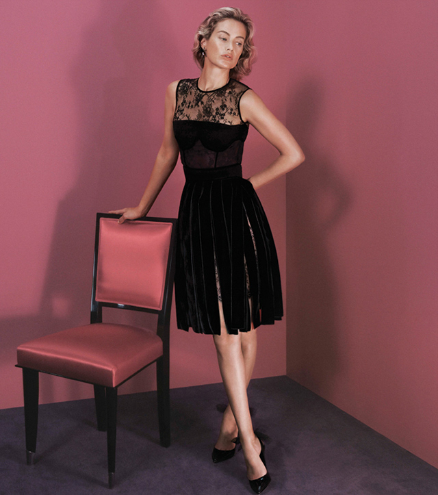 Carolyn Murphy stars in Peter Copping's debut campaign for Oscar de la Renta AW15