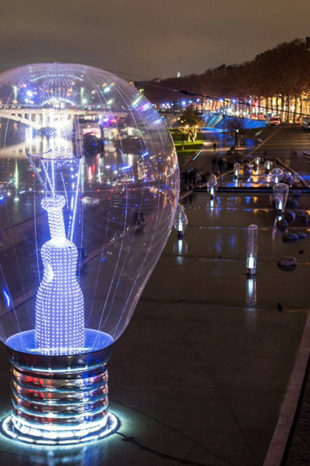 Giant light bulb the size of a football pitch at Lyon's Festival of Lights