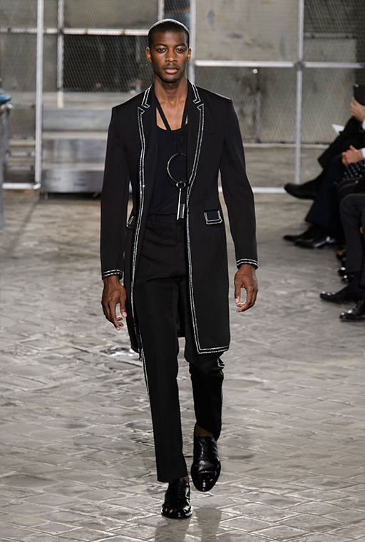 3ff1e3b7fc3b Paris Fashion Week Menswear SS16  Givenchy