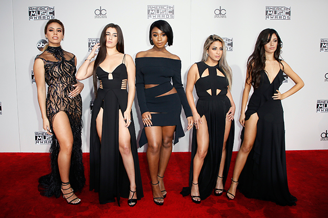 2016 American Music Awards: Red carpet arrivals