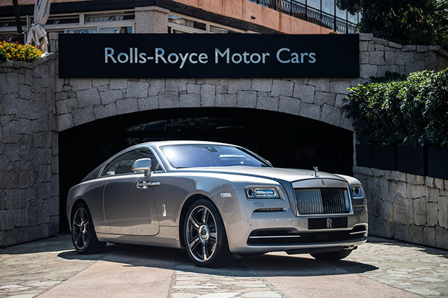 Rolls-Royce unveils special editions Dawn and Wraith | Buro 24/7