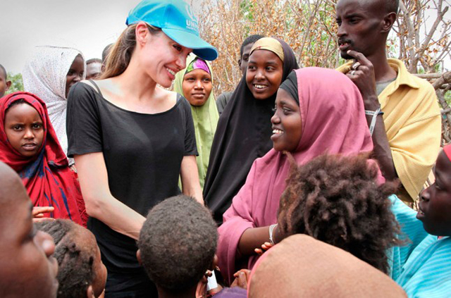 Angelina Jolie to direct new elephant poaching tale