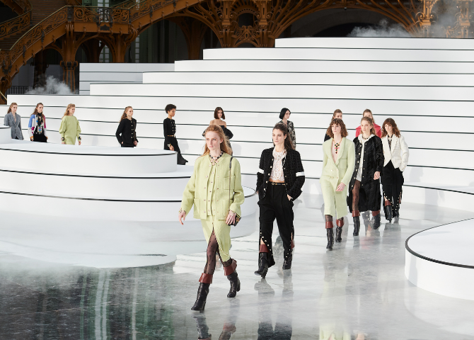 Chanel's Fall-Winter 2020/21 Ready-to-Wear is giving us major eighties nostalgia
