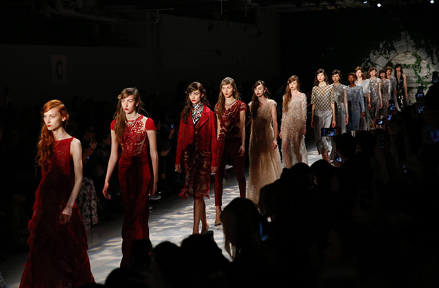 Jenny Packham is joining the London Fashion Week schedule