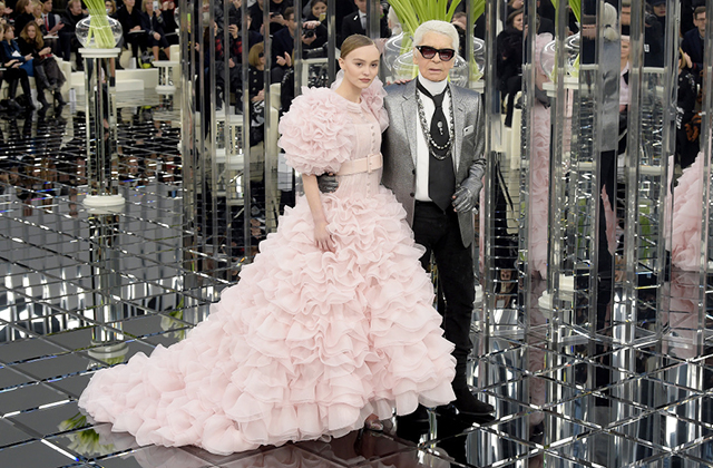 A Karl Lagerfeld memorial will be held in Paris