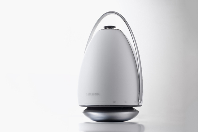 Samsung debuts freestanding 360º speakers