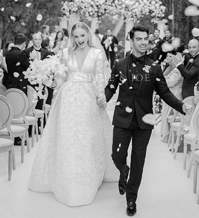First look: Sophie Turner's wedding dress by Louis Vuitton is absolutely stunning