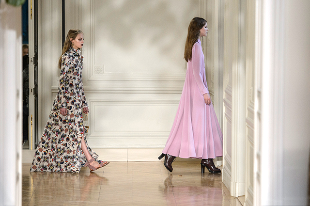 Paris Fashion Week: Valentino Fall/Winter '17