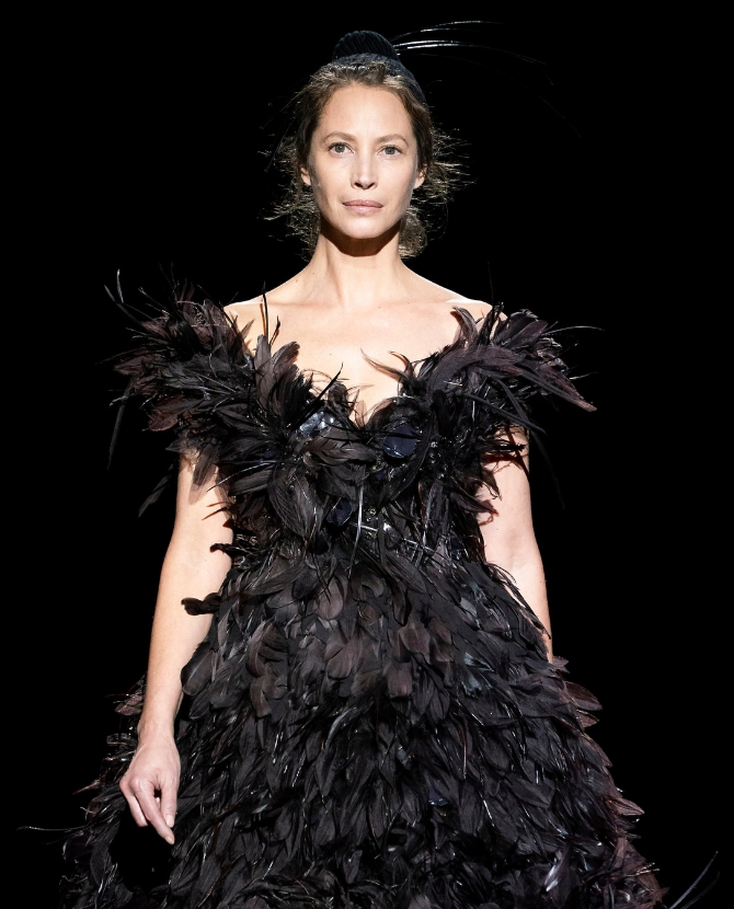 ICYMI: Christy Turlington Burns returned to the catwalk last night for Marc Jacobs after a 20-year hiatus