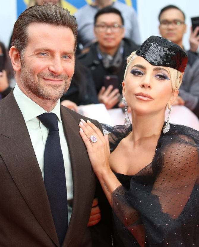Stay calm...Lady Gaga and Bradley Cooper are going to sing 'Shallow' at the 2019 Oscars