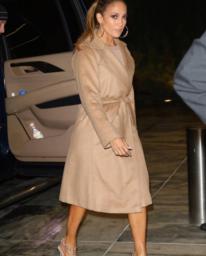 Jennifer Lopez got the camel coat memo