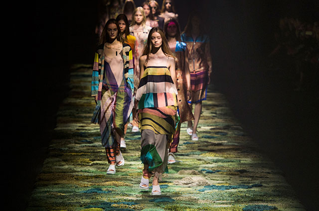 Paris Fashion Week: Dries Van Noten Spring/Summer 15