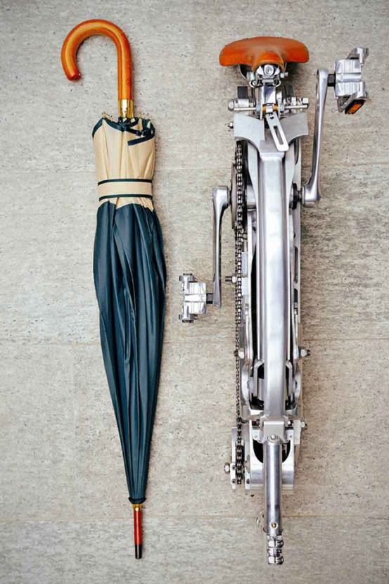 The bicycle that folds to the size of an umbrella by Sada