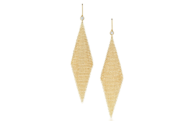 Elsa Peretti Mesh earrings in 18k gold with diamonds, Dhs10,100