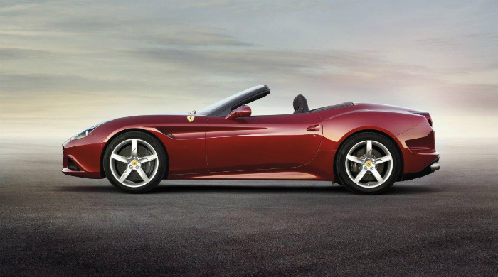 Presenting the new Ferrari California T