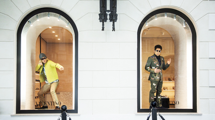 Valentino x Zoolander window mannequins, Ben Stiller and Owen Wilson