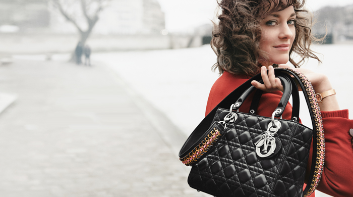 Marion Cotillard is the Lady Dior, plus see the handbags now