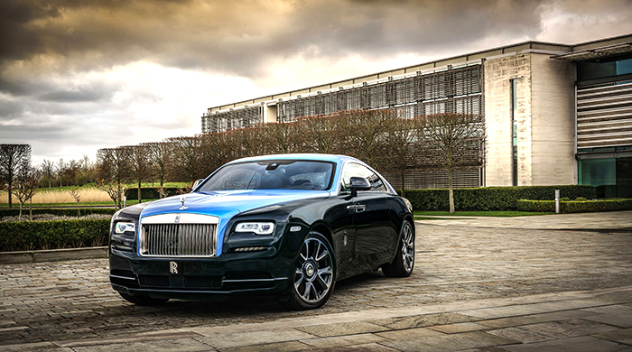 Emirati artist Mohammed Kazem creates artwork for Rolls-Royce