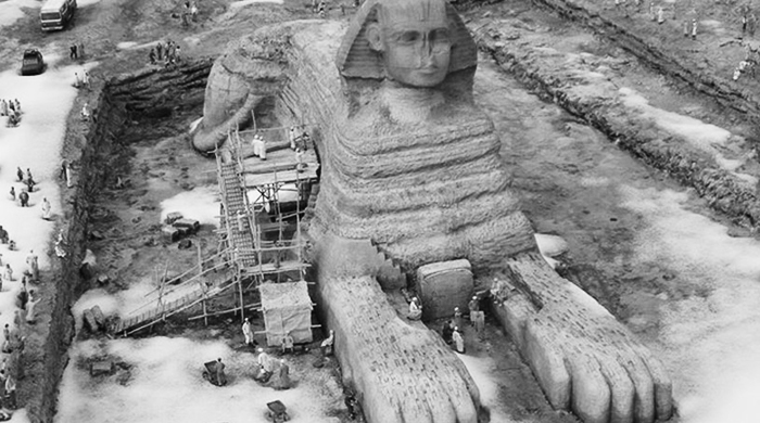 Snow on the sphinx for the first time in over 100 years?