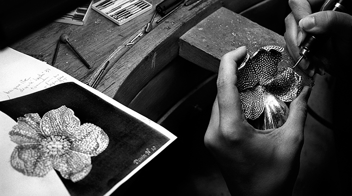 Van Cleef & Arpels Jeddah exhibition: In Praise of Hands